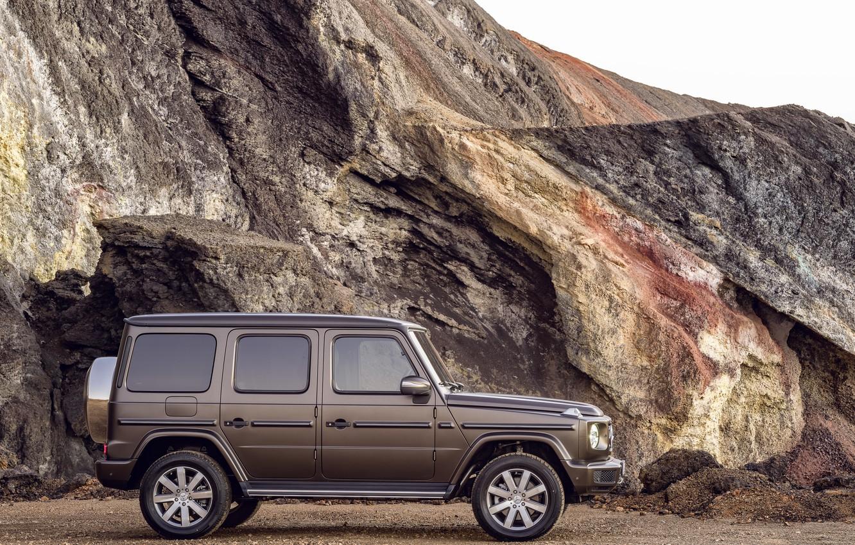 Photo wallpaper Mercedes-Benz, profile, brown, slice, breed, 2018, G-Class