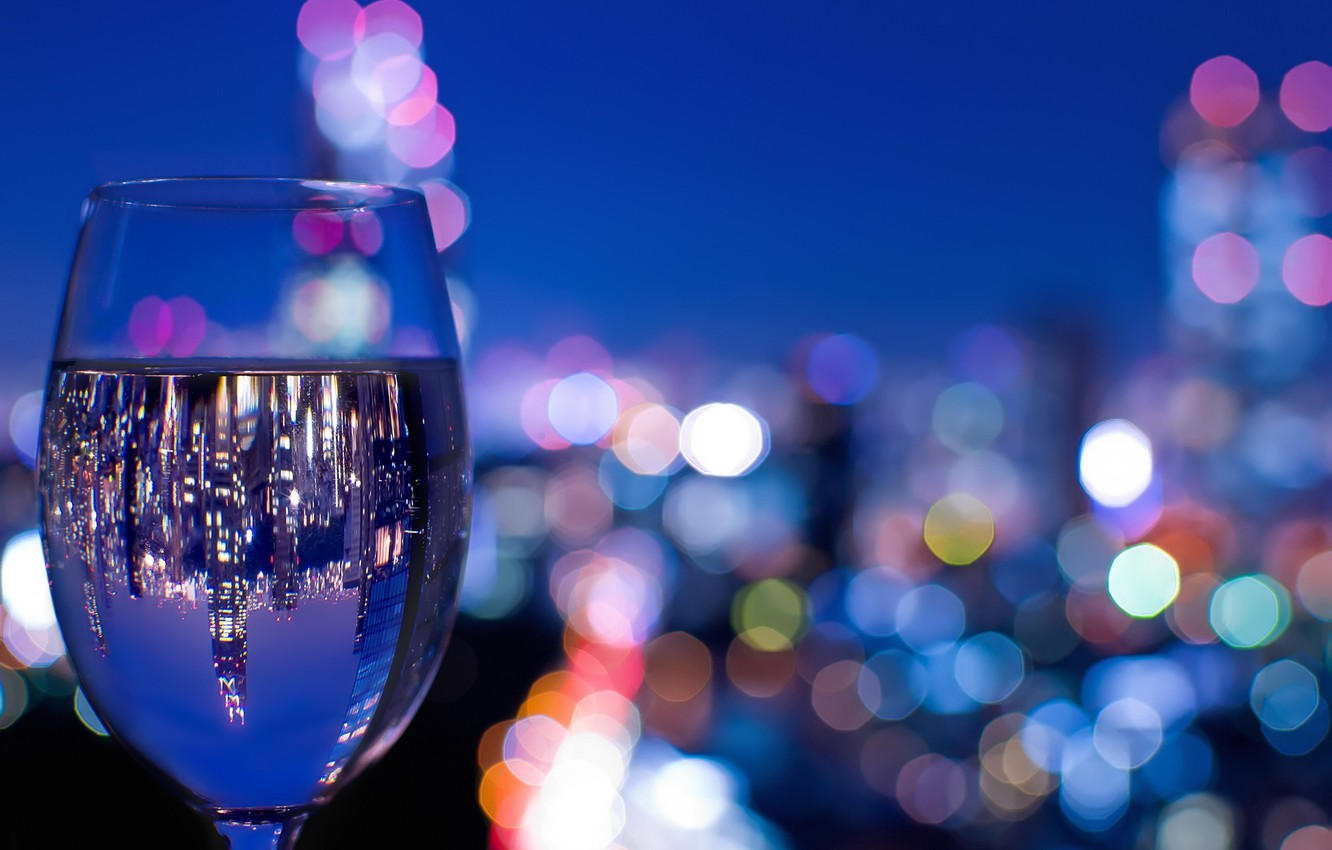 Photo wallpaper the city, lights, reflection, wine, glass, the evening, bokeh