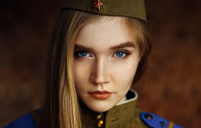 Photo wallpaper portrait, form, sponge, pussy, shoulder straps, tunic, Ivan Losev, Maria Nikitina