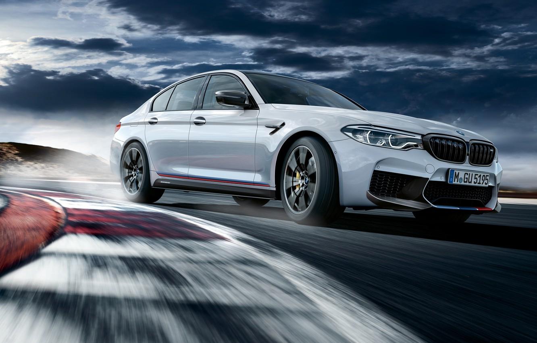 Photo wallpaper racing track, 2018, BMW M5, M Performance