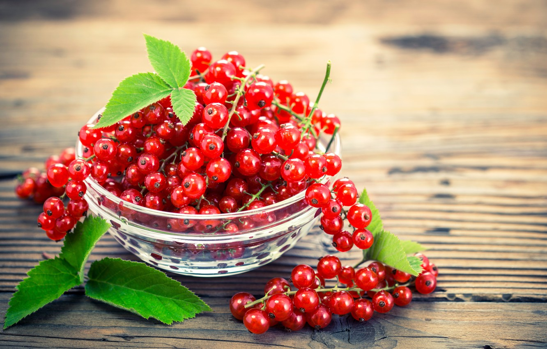 Photo wallpaper berries, bowl, red, fresh, currants, berries