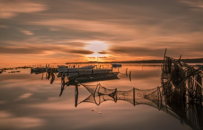 Photo wallpaper night, network, lake, boats