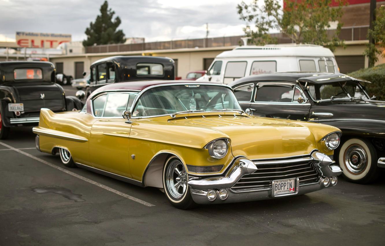 Photo wallpaper yellow, Cadillac, classic