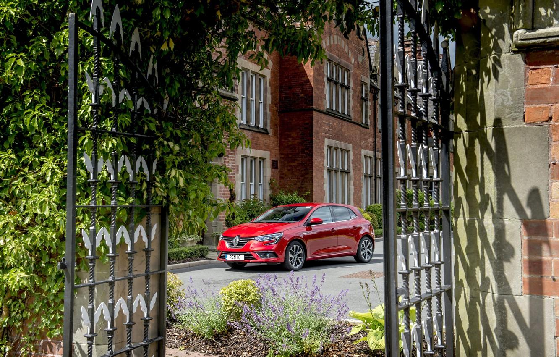 Photo wallpaper auto, red, gate, Renault, red, Megane, metallic