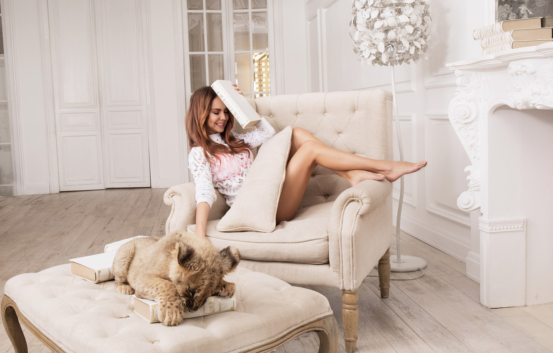 Photo wallpaper Singer, lion, Photoshoot, Maksim, Marina Maksimova, Marina Maximova