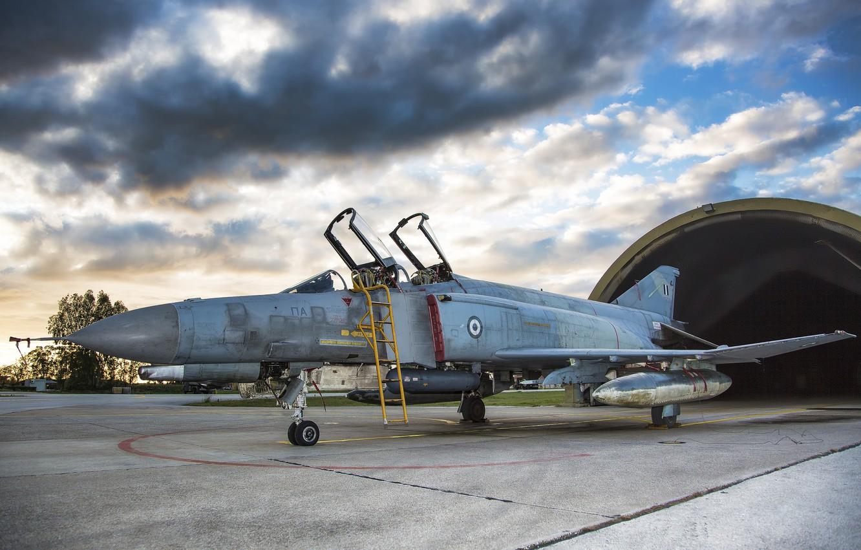 Photo wallpaper fighter, the airfield, Phantom II