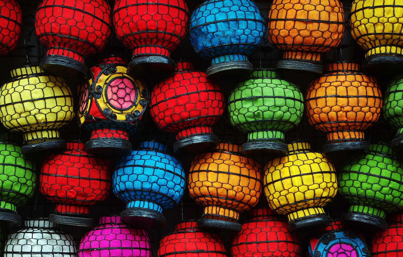 Wallpaper paint, China, lanterns ...