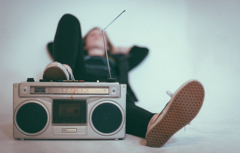 Photo wallpaper radio, antenna, lies, leg, tape