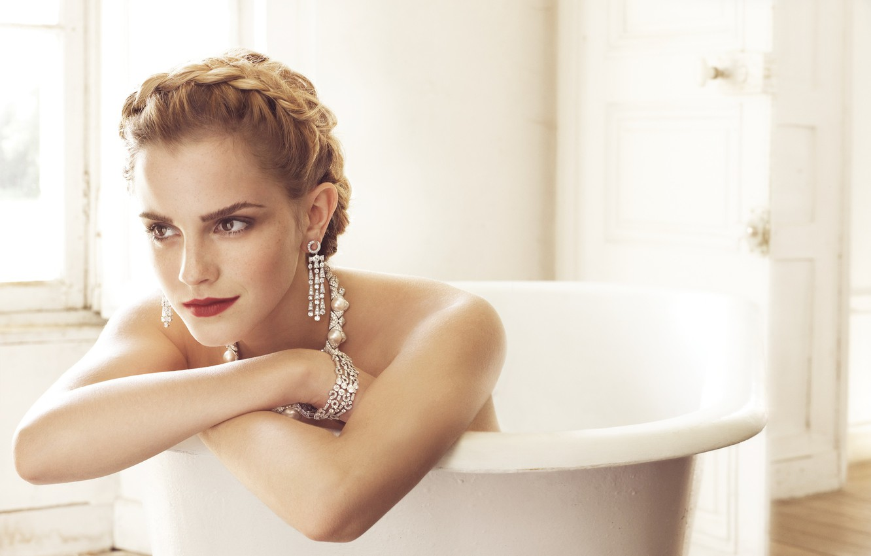 Emma watson bathtub