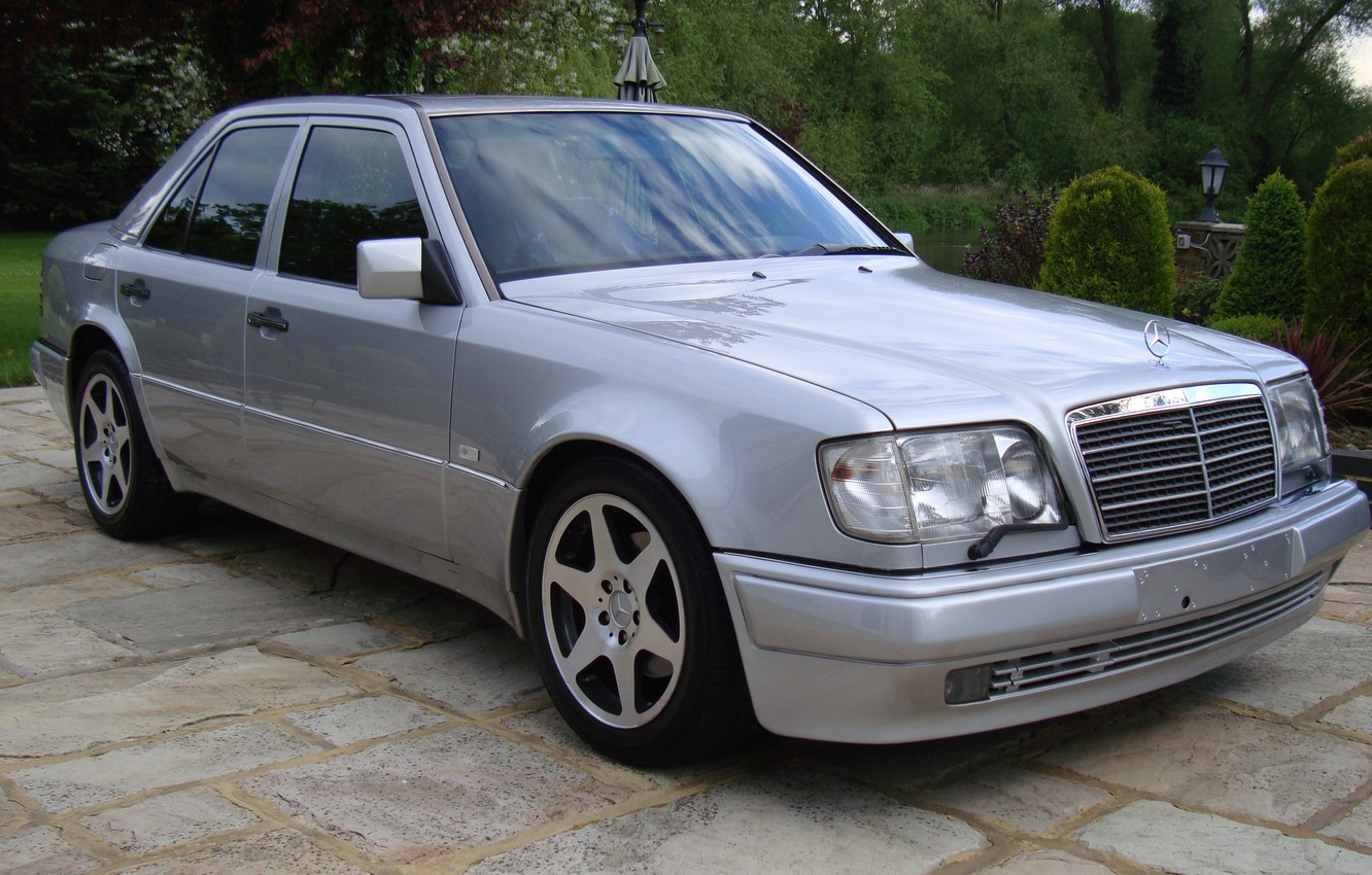 Photo wallpaper Mercedes-Benz, E500, W124