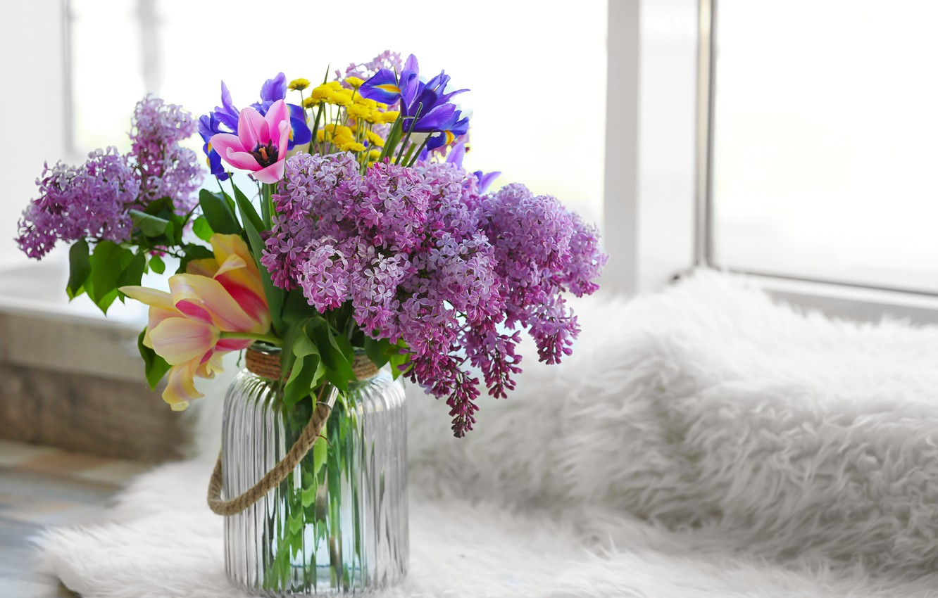 Photo wallpaper flowers, bouquet, vase, flowers, lilac, spring, spring, lilac