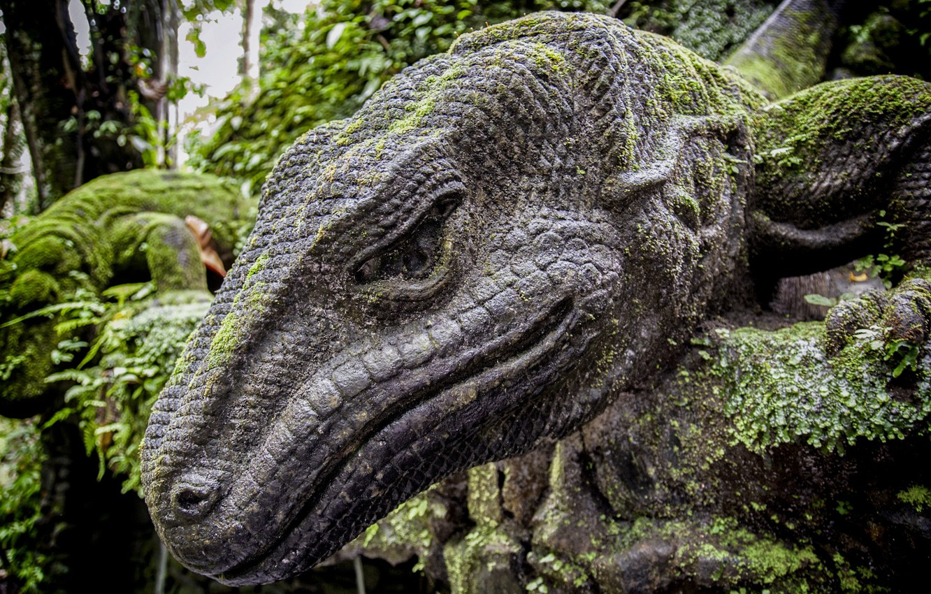 Photo wallpaper lizard, monument, Jungle, Sculpture, Bali, Indonesia
