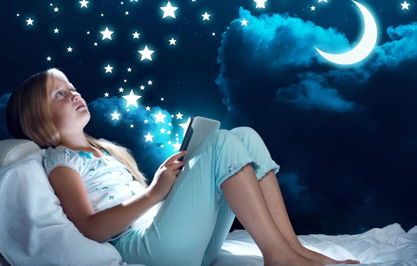Photo wallpaper stars, night, stay, the moon, bed, child, girl, moon, pajamas, tablet, night, child