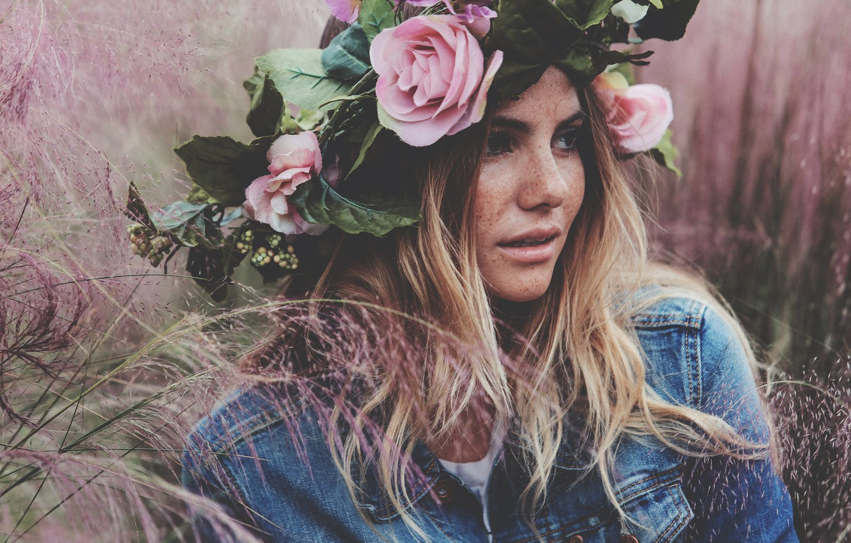 Photo wallpaper girl, flowers, face, hair, wreath