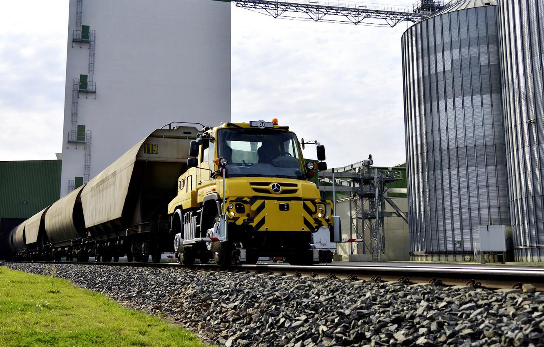 Photo wallpaper vegetation, rails, Mercedes-Benz, cars, industrial zone, tractor, machinery, Unimog
