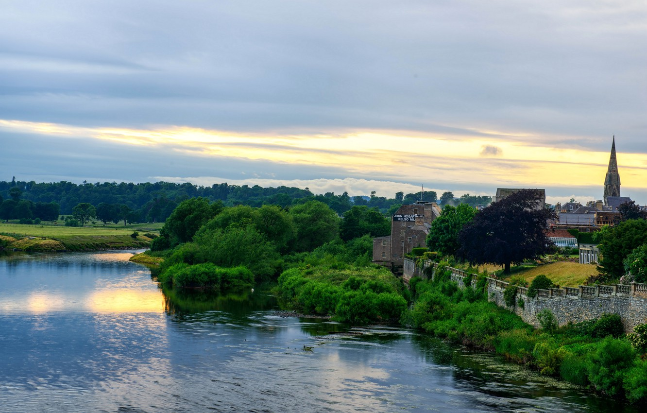 Photo wallpaper trees, river, Scotland, the monastery, Abbey, Kelso Abbey, In Kells