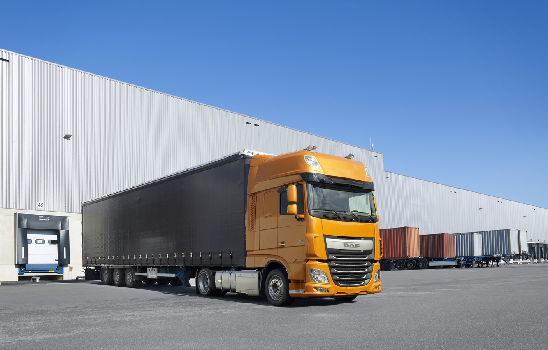 Photo wallpaper the sky, asphalt, orange, composition, DAF, tractor, DAF, Super Space Cab, the trailer, 4x2, Euro6, …