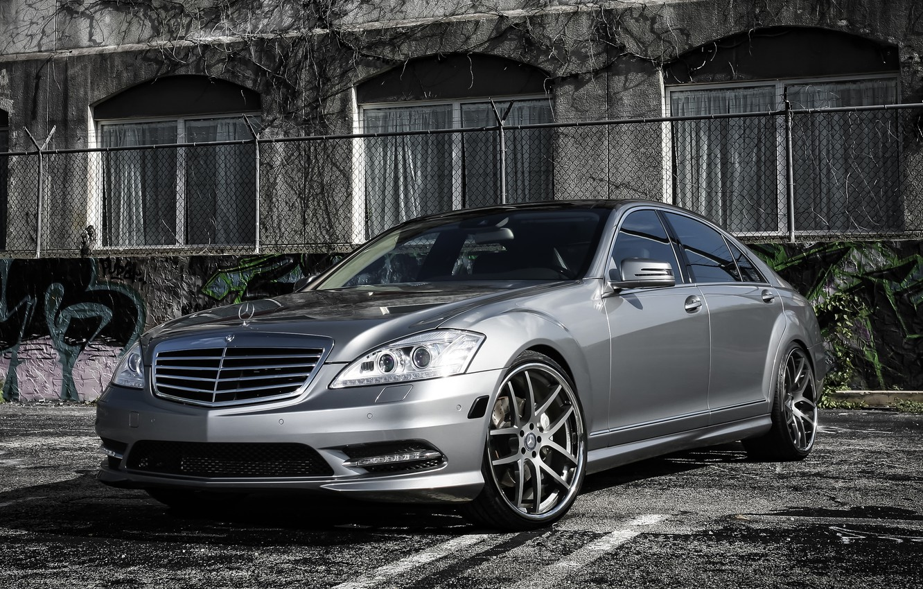 Photo wallpaper lights, Mercedes, wheels, with, custom, S550, trunk, lowered, smoked, spoiler, 22 Giovanna