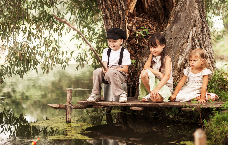 Photo wallpaper summer, joy, children, river, tree, stay, fishing, friends, river, friends, children, fishing