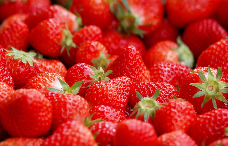Photo wallpaper macro, berries, strawberry