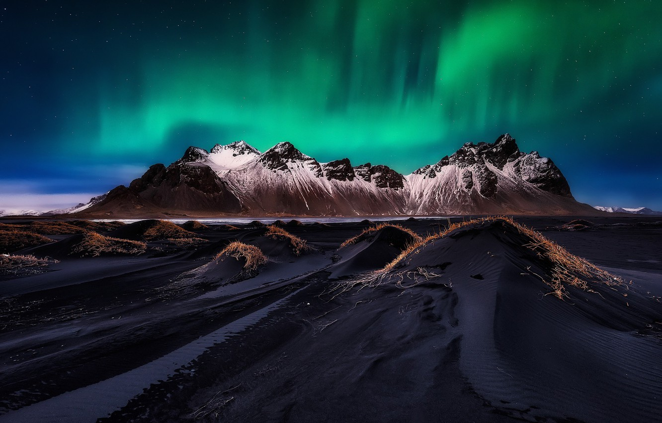Photo wallpaper beach, the sky, stars, mountains, night, Northern lights, Iceland, the fjord, Cape, Have stoknes, Hornafjordur