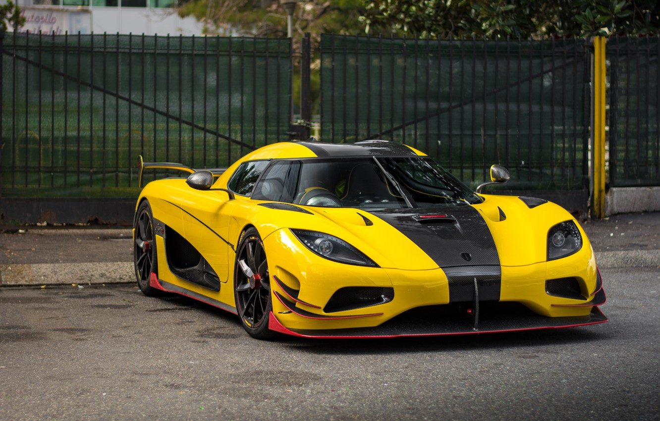 Photo wallpaper Koenigsegg, Yellow, Agera
