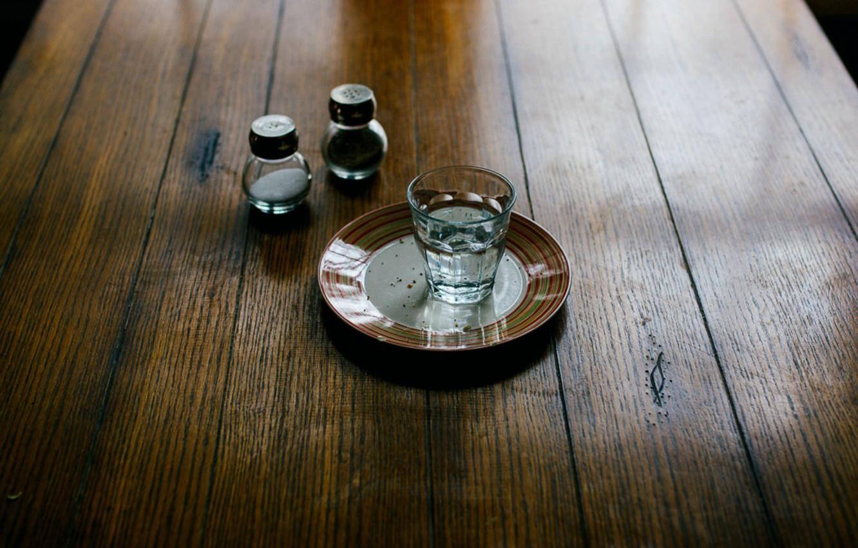 Photo wallpaper table, stack, vodka