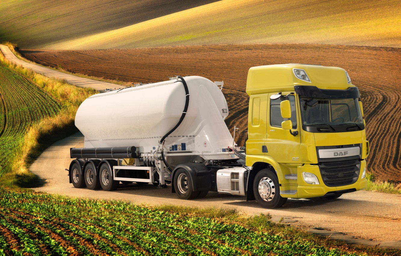 Photo wallpaper road, yellow, hills, field, DAF, tank, tractor, DAF, Space Cab, the trailer, 4x2, Euro6, DAF …