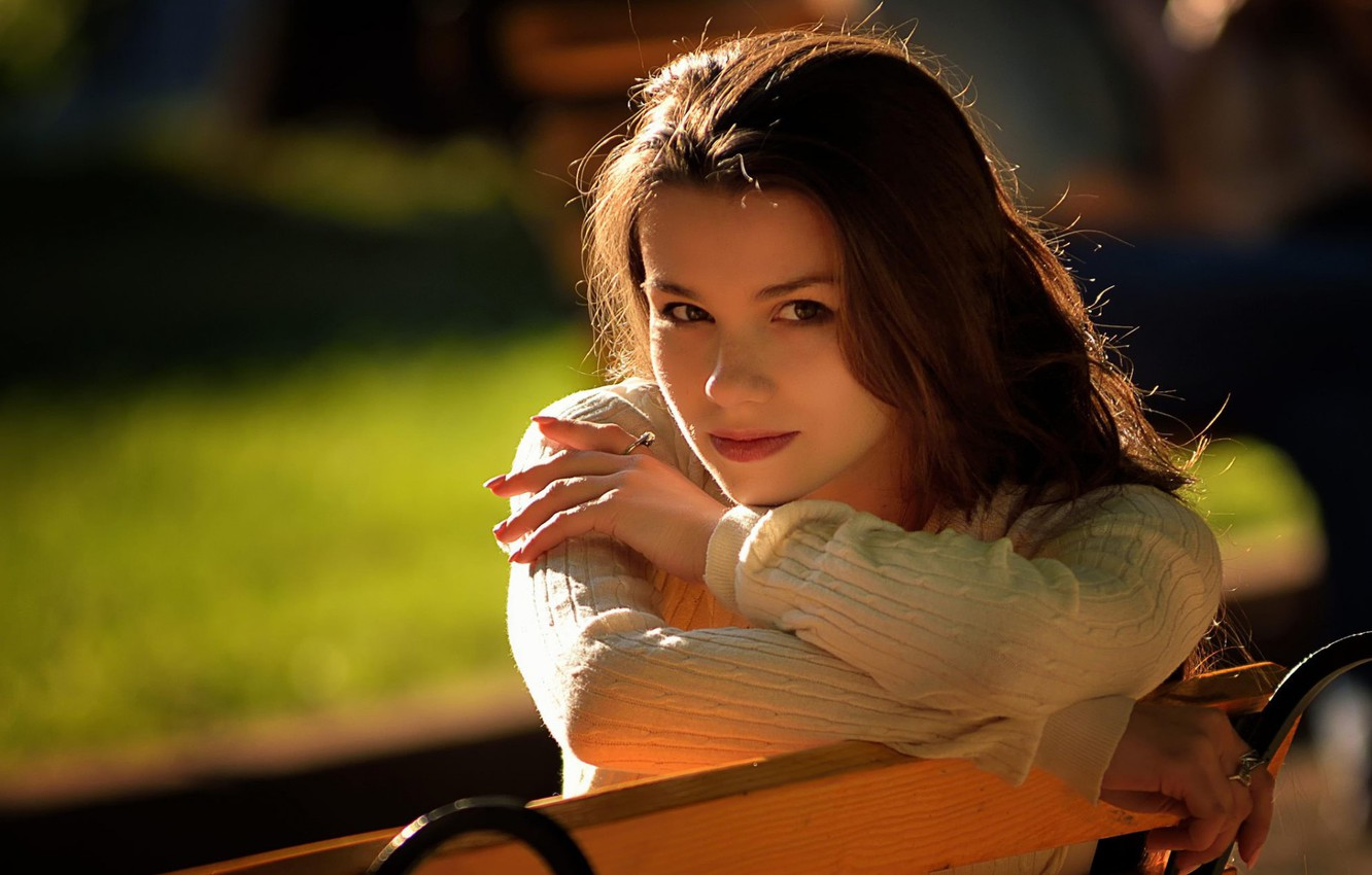 Photo wallpaper girl, brunette, shop, girl, simpotyazhka, brunette, bench, cutie