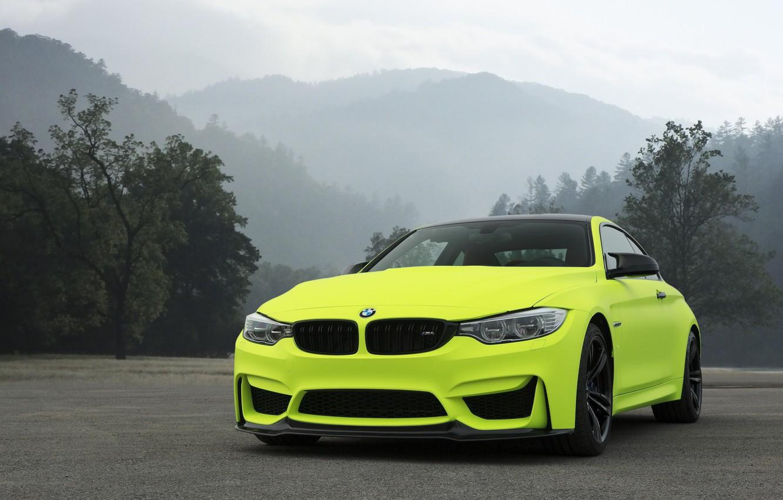 Photo wallpaper BMW, Yellow, F82, Asphalt, Sight