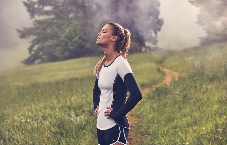 Photo wallpaper shorts, model, Nina Agdal, breathing, fitness, uniform, sports form