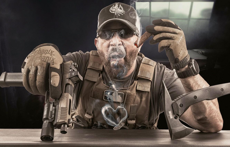 Photo wallpaper weapons, man, cigar, heart, equipment