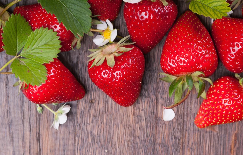 Photo wallpaper flowers, strawberry, berry, ripe, juicy