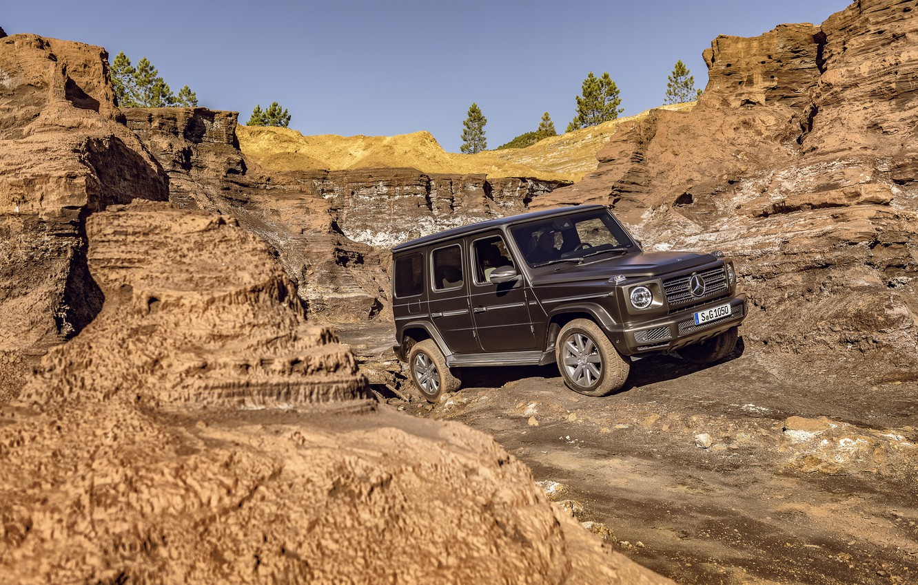Photo wallpaper movement, Mercedes-Benz, SUV, brown, pit, 2018, G-Class, obstacles