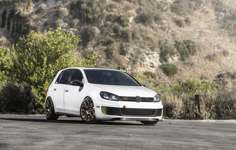Photo wallpaper Volkswagen, Candy, White, Golf, GTI, MK6, Bronze, VMR, V810