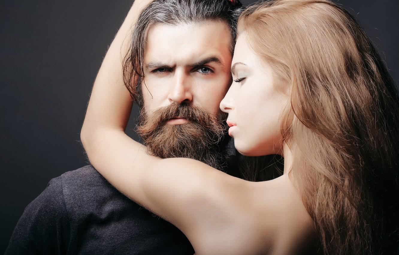 Wallpaper Hug Woman Man With Beard Penetrating Look