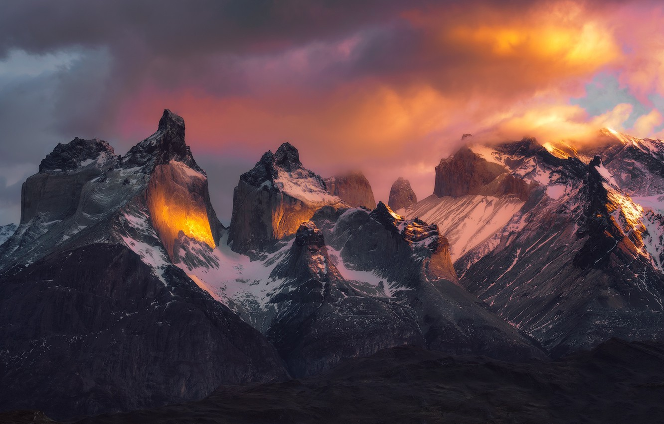 Photo wallpaper the sky, clouds, light, mountains, Patagonia