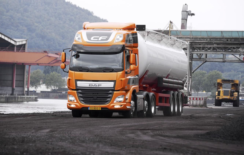Photo wallpaper road, orange, DAF, tank, tractor, DAF, dump truck, the trailer, 6x2, Euro6, DAF CF 440