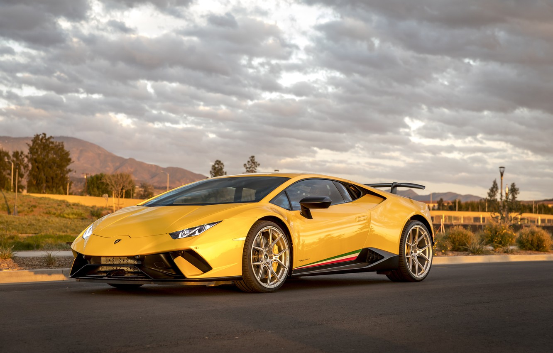 Photo wallpaper Lamborghini, Yellow, Performante, Huracan