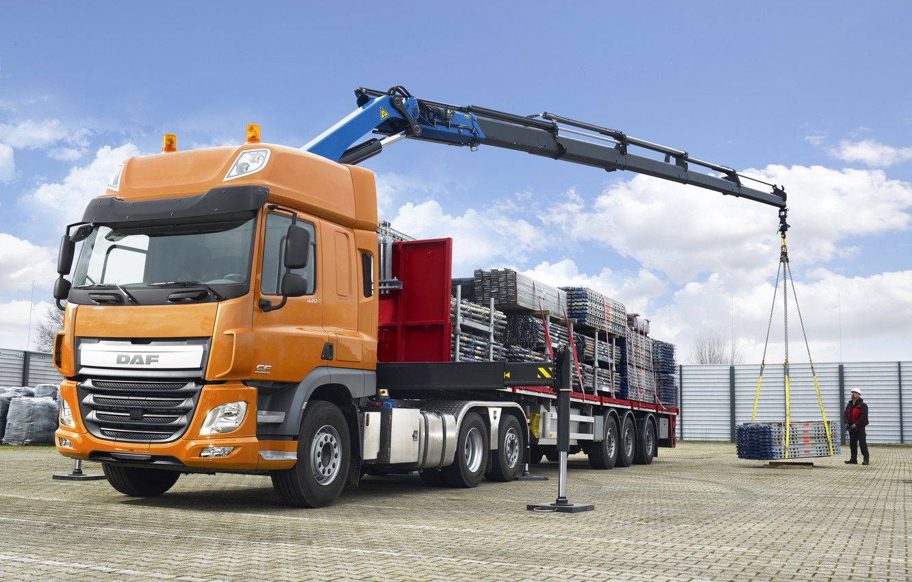 Photo wallpaper orange, working, body, Playground, cargo, DAF, tractor, DAF, Space Cab, the trailer, stops, crane, 6x2, …