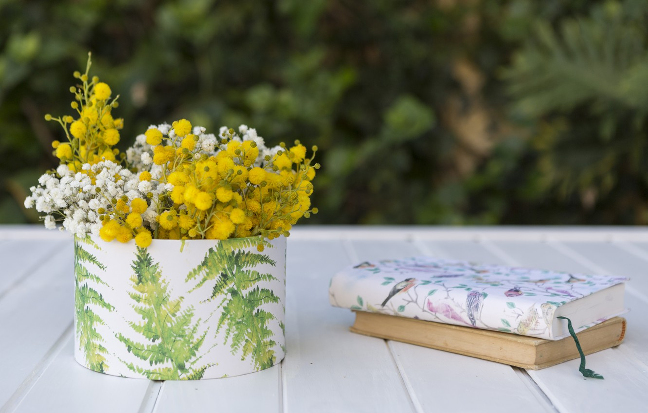 Photo wallpaper flowers, bouquet, yellow, book, vase, white, flowers, books