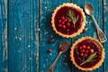Picture cakes, dessert, tartlets, baskets, dessert, spoon, sweet, berries, berries, sweet, wood, jam, cranberry
