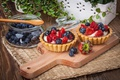 Picture strawberry, tart, sweet, berries, delicious, berries, blueberries, sweet, basket, dessert, dessert, cream, tartlet