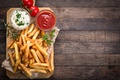 Picture wood, french fries, rosemary, Portion, sauce tomatoes