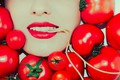 Picture tomatoes, spaghetti, girl, makaronina, mouth, tomatoes, lipstick