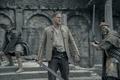 Picture fight, Djimon Hounsou, Charlie Hunnam, ken, sword, blade, movie, film, king, King Arthur: Legend Of ...