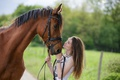 Picture girl, friends, horse