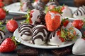 Picture chocolate-covered strawberries, delicious, white chocolate, chocolate, black