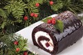 Picture berries, roll, Christmas roll, Christmas, chocolate roll, plate